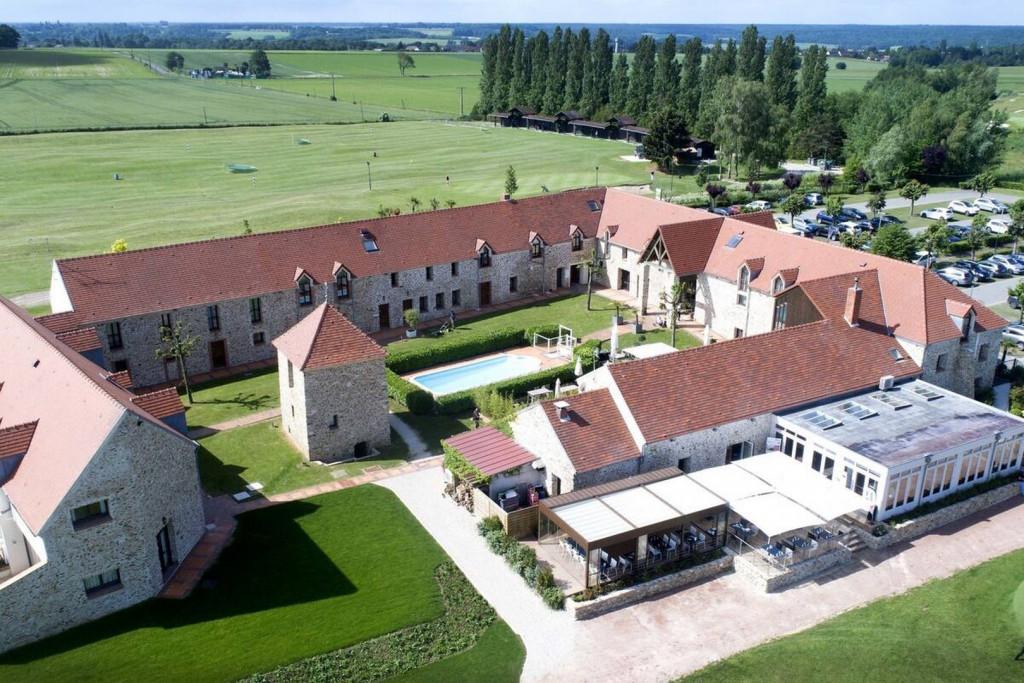 Hotel Les Suites Domaine de Crecy 5