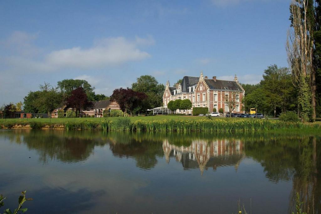 Najeti Hôtel Château Tilques 1